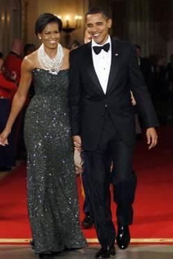 Michelle Obama e seu maxi colar