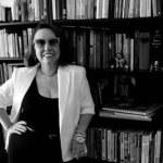 Clotilde Tavares lança 'O verso e o briefing'