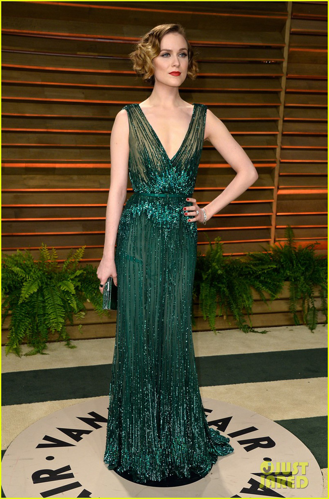 evan-rachel-wood-channels-old-hollywood-for-vanity-fair-oscars-party-2014-05-1