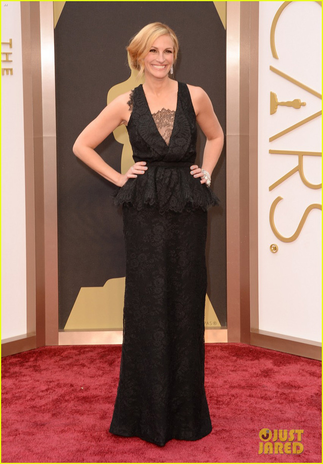 julia-roberts-oscars-2014-red-carpet-05