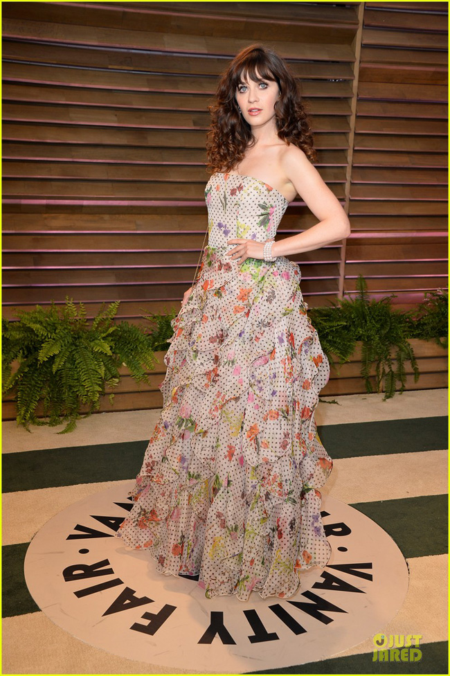 zooey-deschanel-rocks-florals-ruffles-at-vanity-fair-oscars-party-2014-01-1