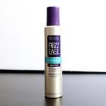 Resenha e vídeo sobre a melhor mousse para cabelos cacheados!